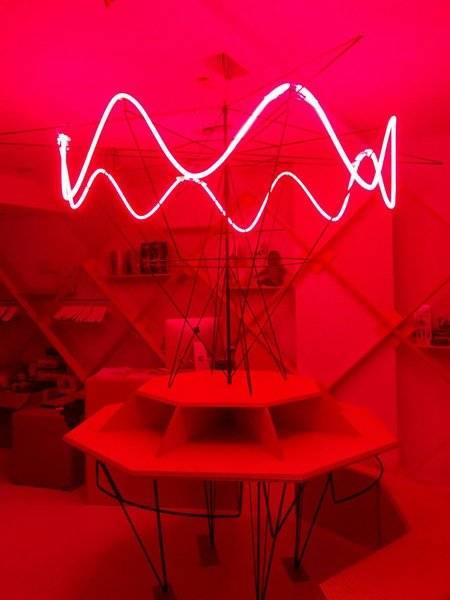 Tafel etalage leuven ontwerp Joris Vanderbeeken